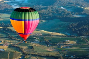 Yarra Valley Private Balloon Flight for 8 with Champagne Breakfast