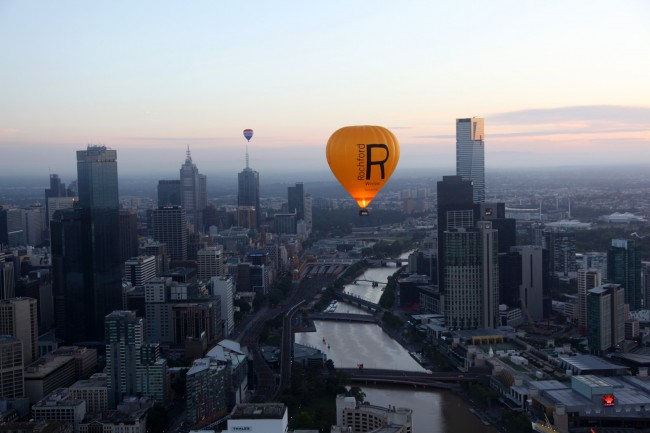 Rochford Wines balloon - Global Ballooning