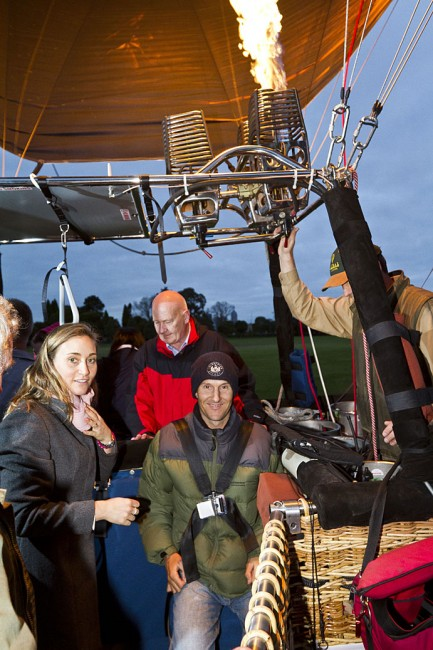 "Unlikely Partnership Gives ""Rise"" to Australian First - Global Ballooning"