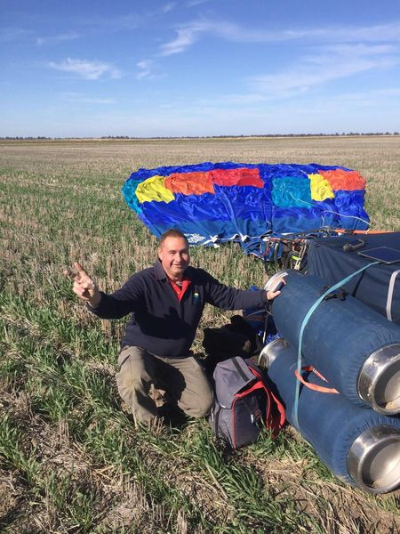 Balloon pilot in the spotlight- Ronald